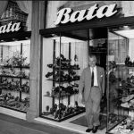 Tomas Bata Jr. in one of the shops, around 1960